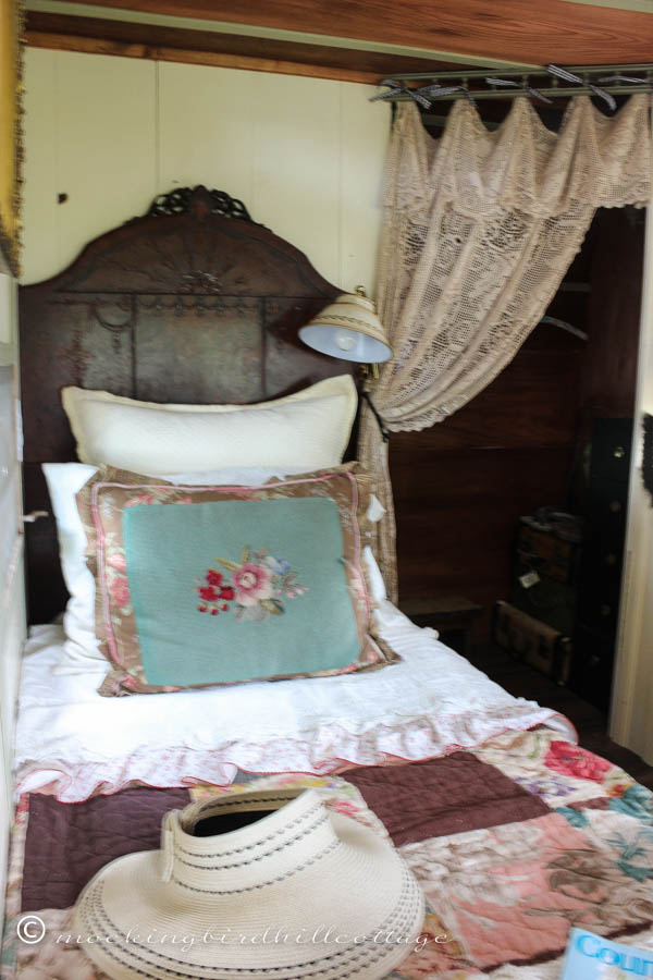 trailer bed 2