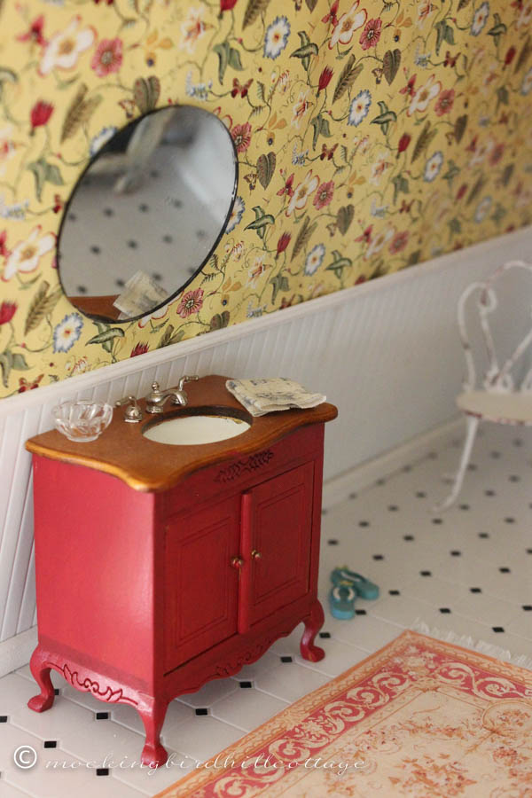 WWW Dollhouse bathroom 2
