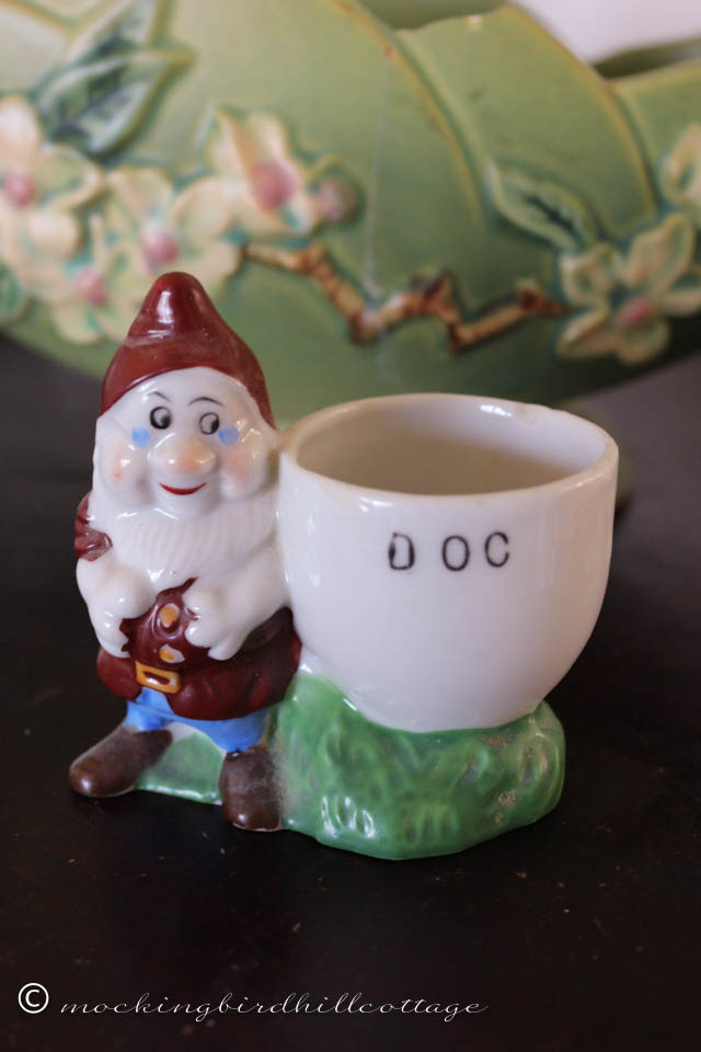 4-16 doc egg cup