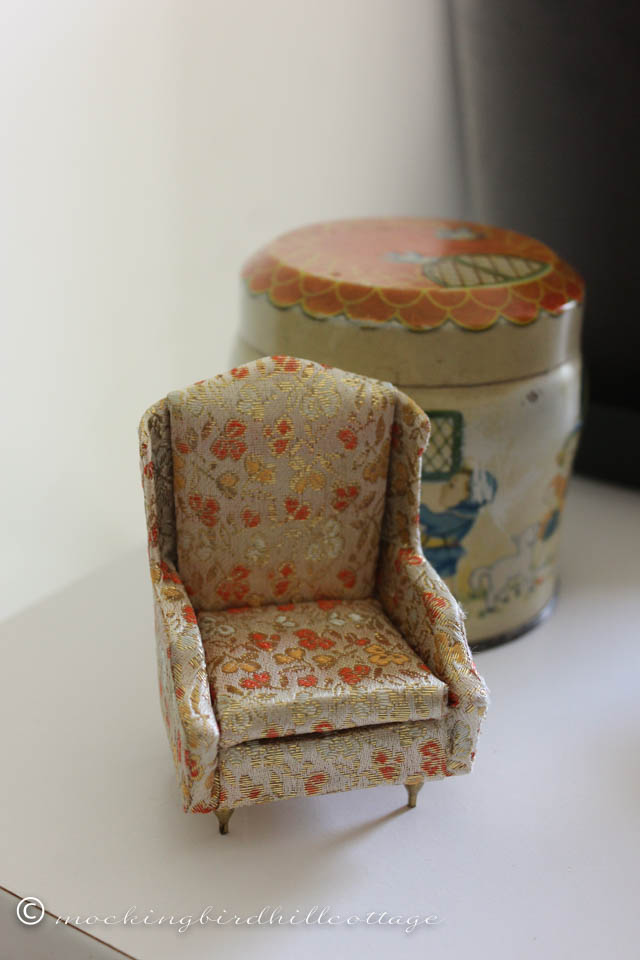 5-17 petiteprincesschair