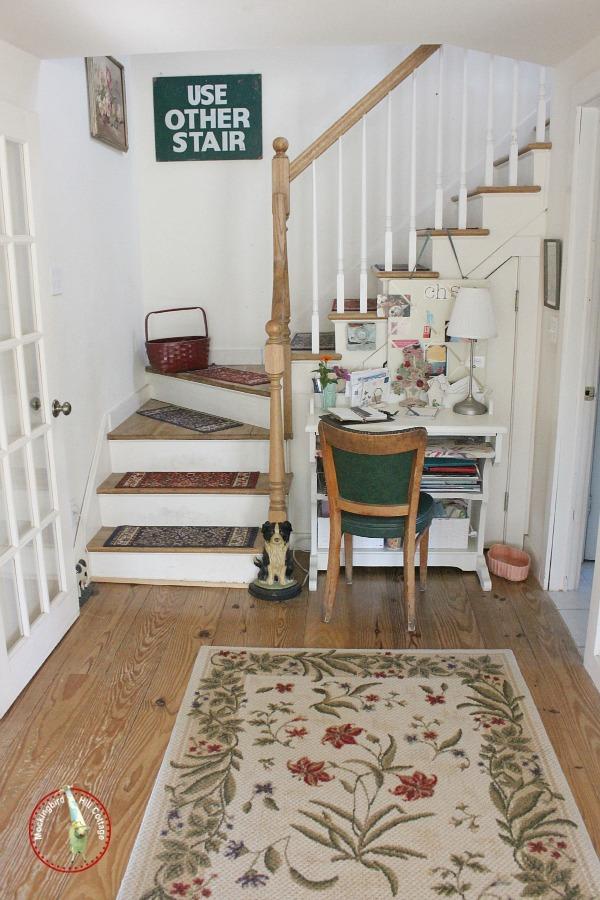 livingroomstairway