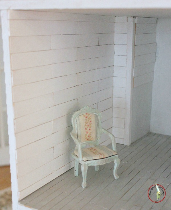 dollhouse plank walls