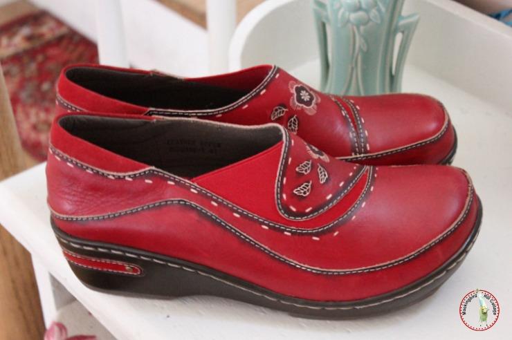 redshoesclose