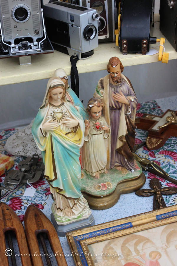 CLreligiousstatuary