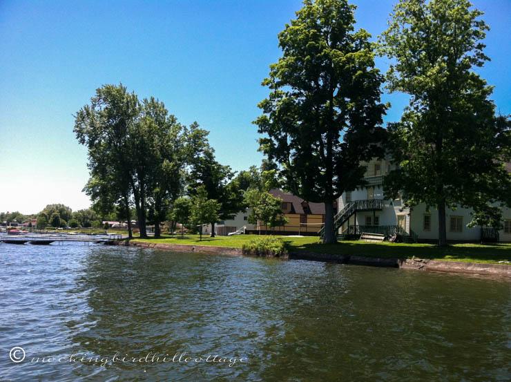 chaut-lake2