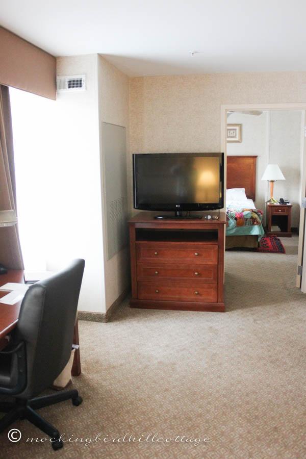hotel room 3