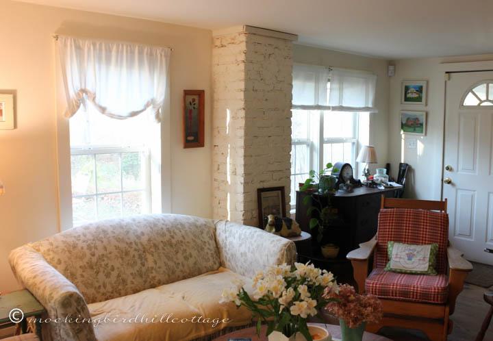 emmie-livingroom
