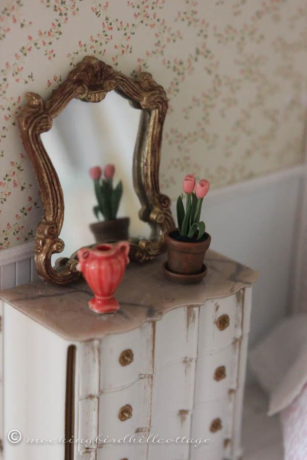 SUNDAY flower pot