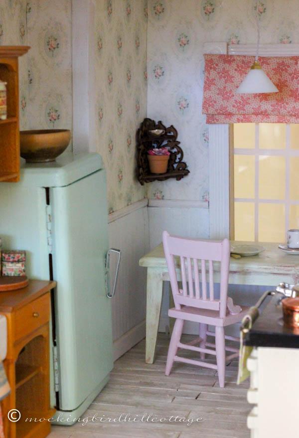 WWW - dollhouse kitchen 3