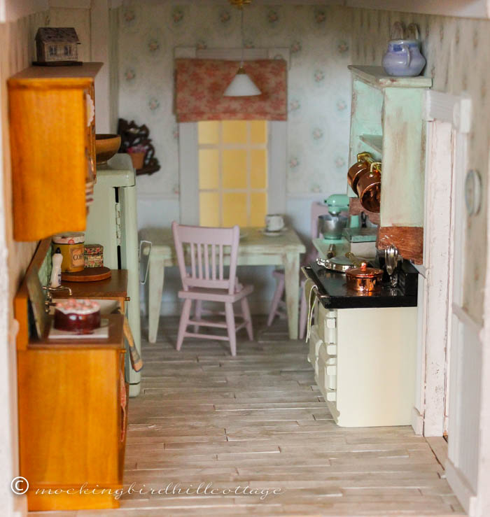 www dollhouse kitchen 6 - Dollhouse Kitchen