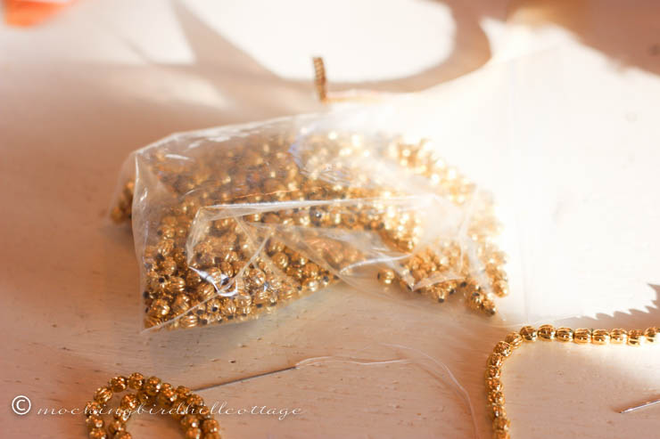 12-14 - Stringing beads2