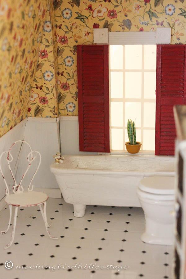 WWW Dollhouse bathroom 3