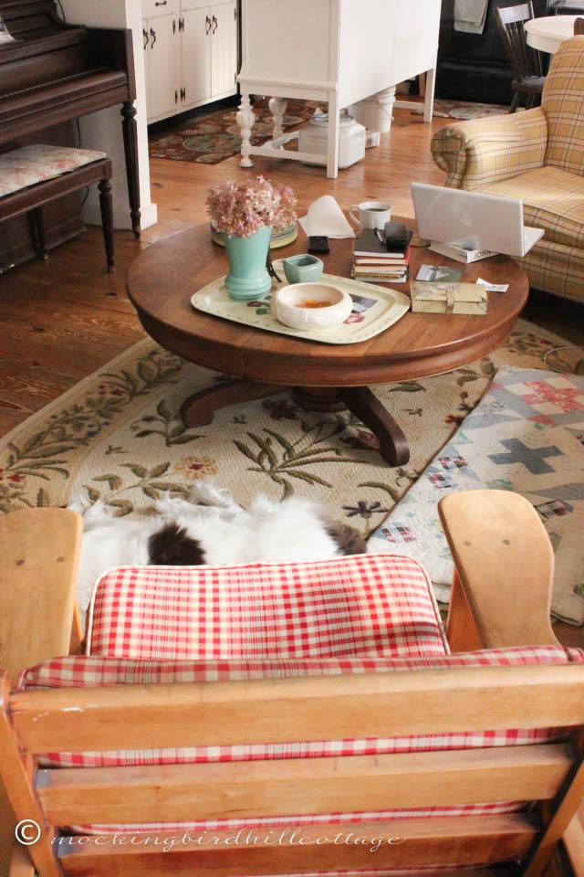 Corners-Living Room 7
