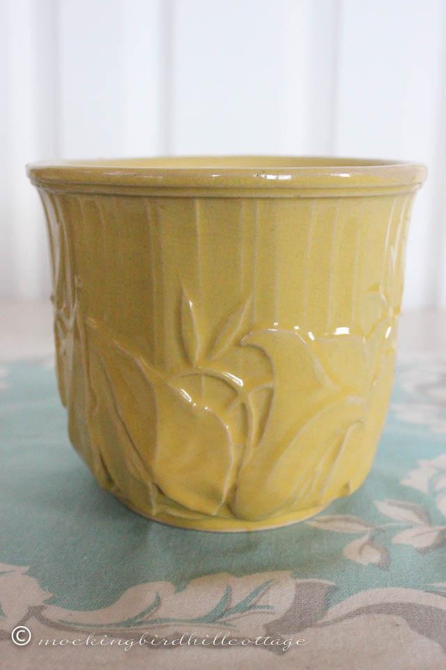 4-15 yellow pot