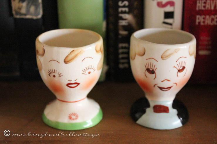 4-29 man&woman egg cup