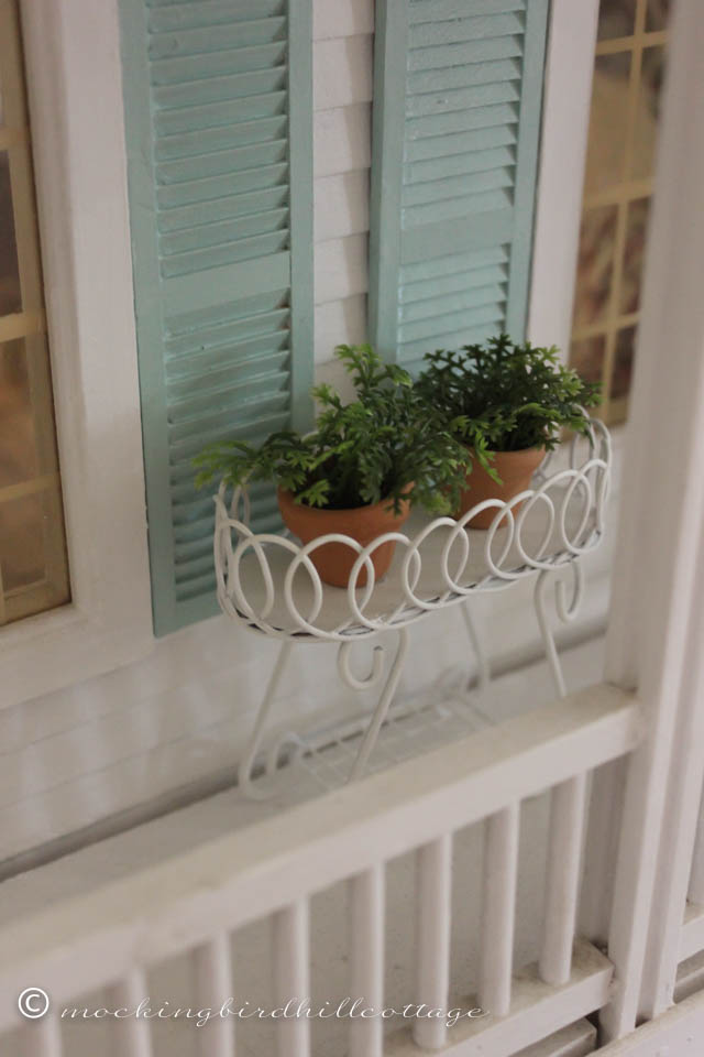 7-19 planter on balcony