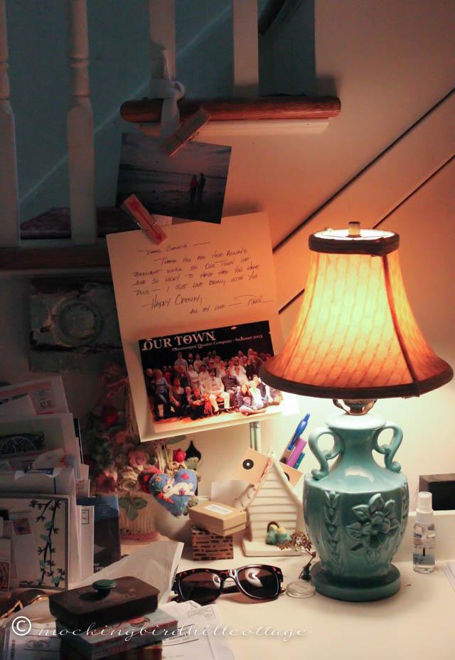 10-2 lamplight am