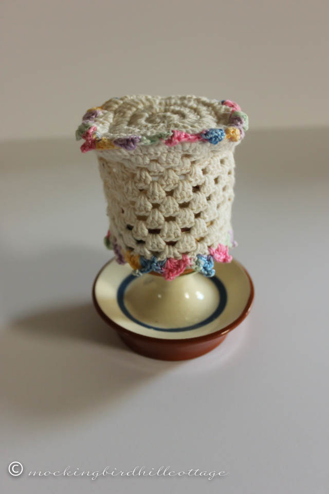11-14 egg cup cozy on cup