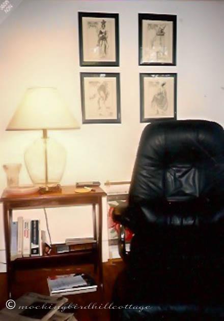 11-15 Cambridge black chair