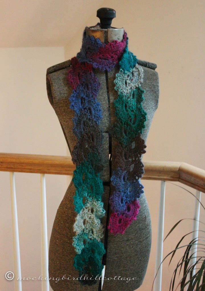 12-9 scarf in pompidoublog
