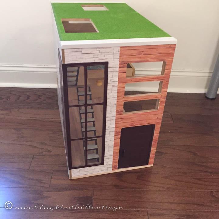 1-29 roomboxoutside