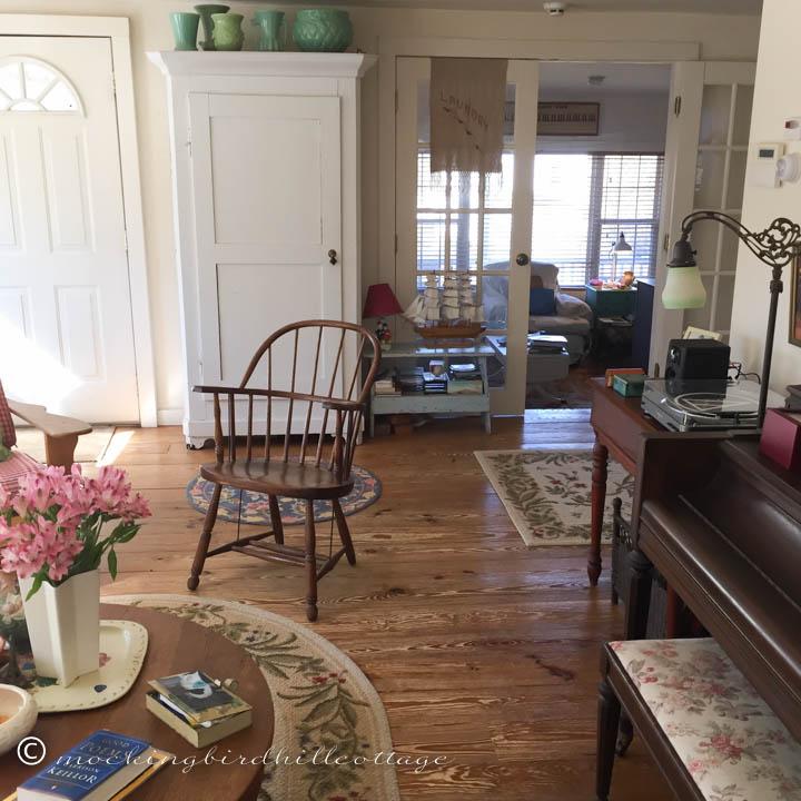 2-27 scenes livingroom