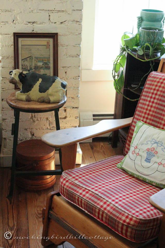 4-14 livingroom