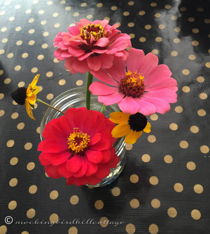9-6 flowersontable