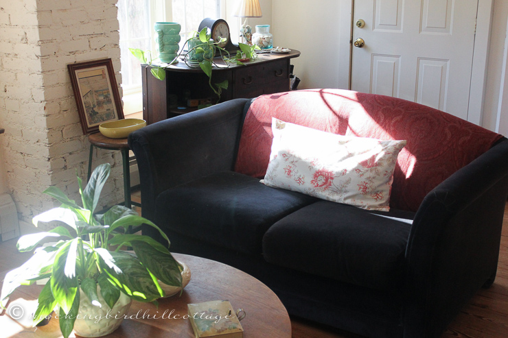 11-20-cottagelivingroom